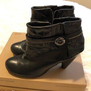 Blondo gorgeous soft leather waterproof 5.5M